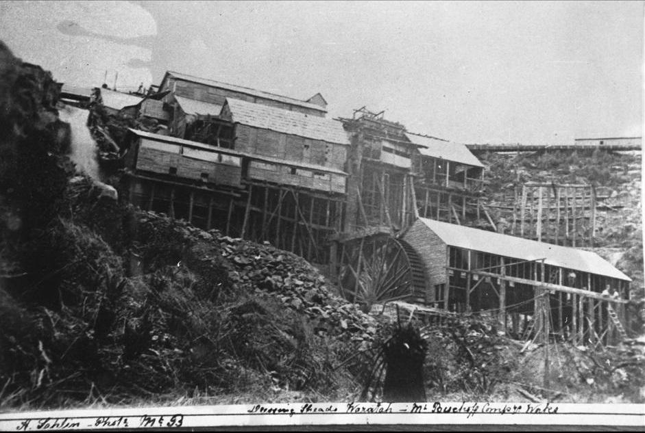Historic photograph of Mount Bischoff Tin Mine Dressing Sheds, Waratah.