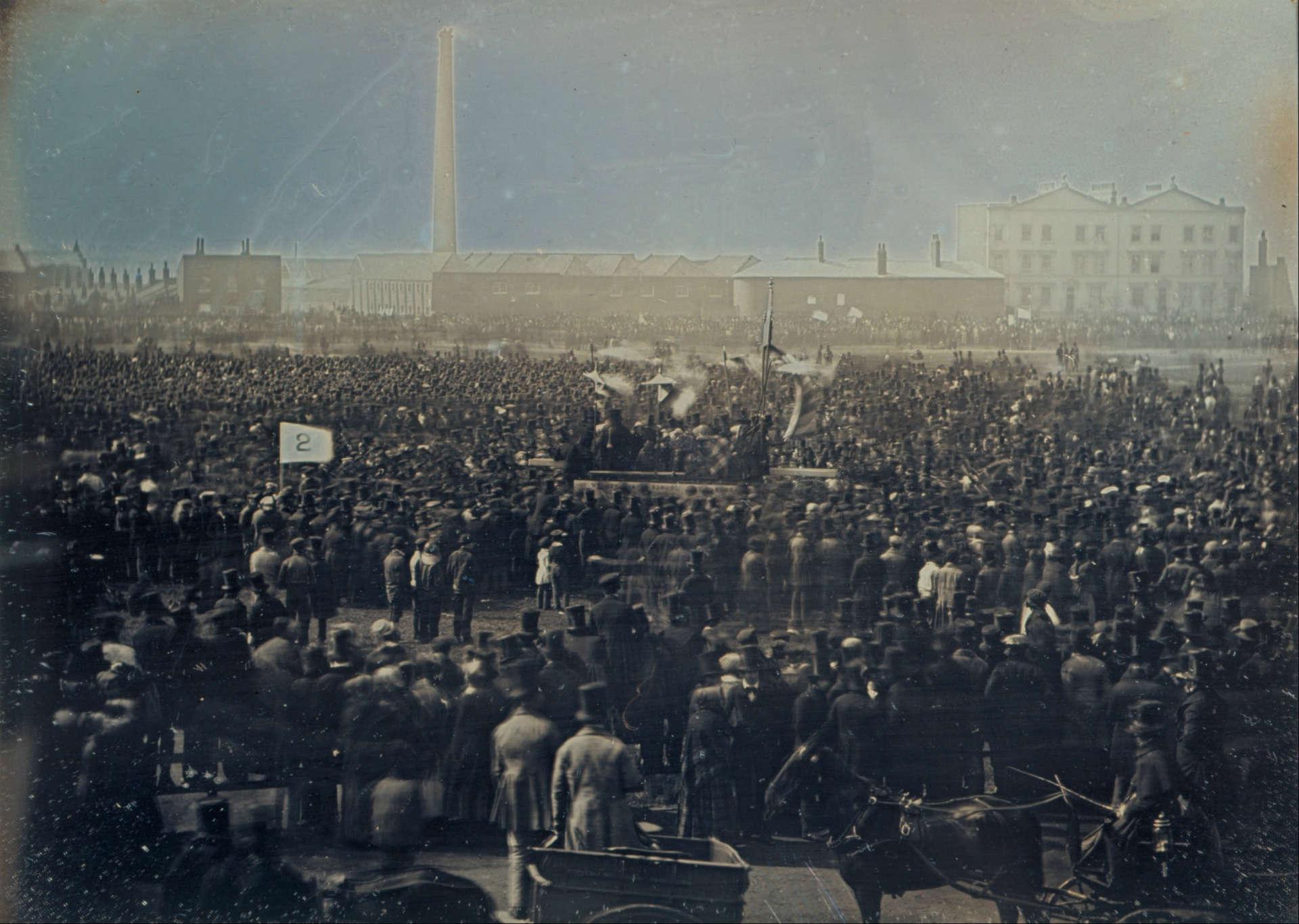 William Kilburn's Daguerreotype photo of the Chartist meeting at Kennington Common on 10 April 1848